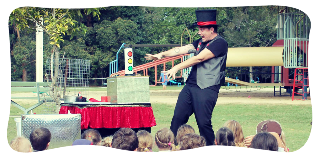 Kids Parties,Magicians,Balloon Twisting,Superheroes by the Magic Castle Gold Coast